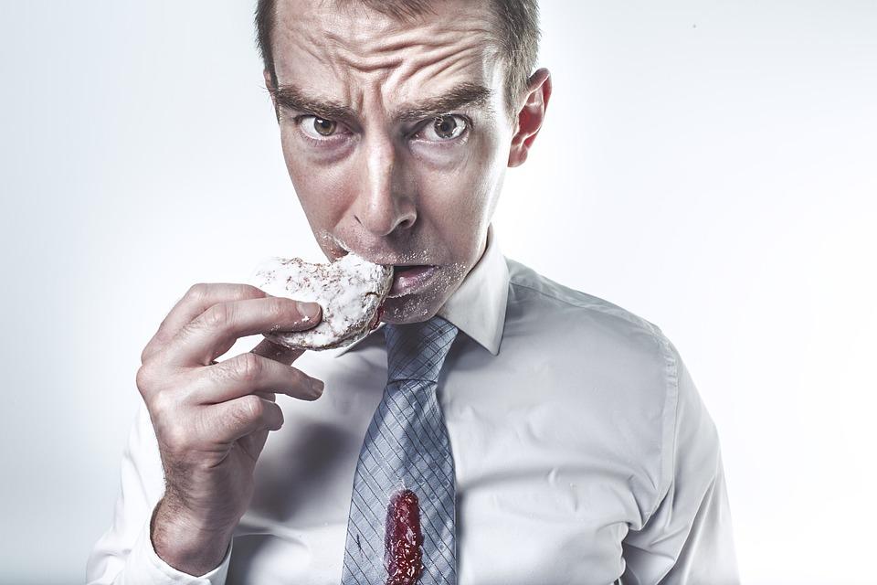 O dietă necorespunzătoare în adolescenţă corelează cu problemele de anxietate şi PTSD la vârsta adultă