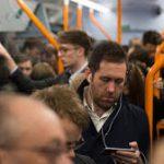 Subestimarea beneficiilor interacțiunii sociale